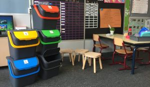Afval scheiden op school met de Maple afvalbakken